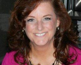 Maggie Mckenzie head shot